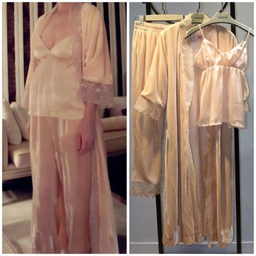 Luxury Velvet Floral Lace Beige Robe Pants Top 3 Pieces Set Sleepwear Nightwear
