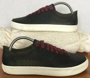 men's crocs sz 7 black w/white soles light weight lace up