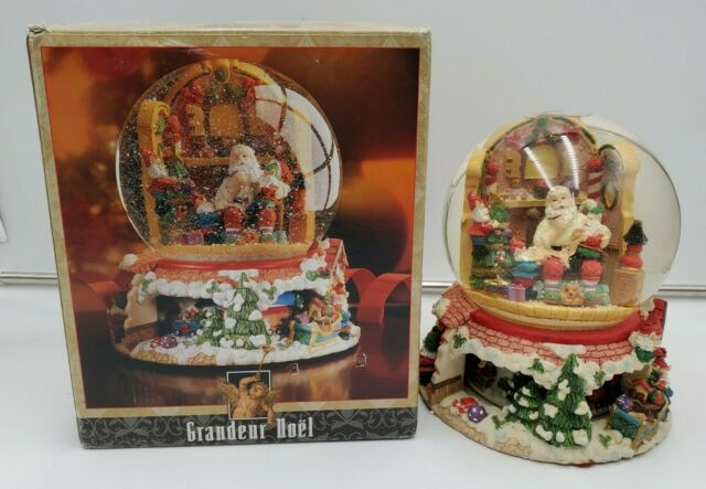 Grandeur Noel Collector's Edition Musical Water Globe Santa's Workshop
