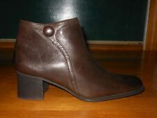 """White Mountain """"Magic"""" ankle boots - Women's sz 10 M - Leather - EX condition"""