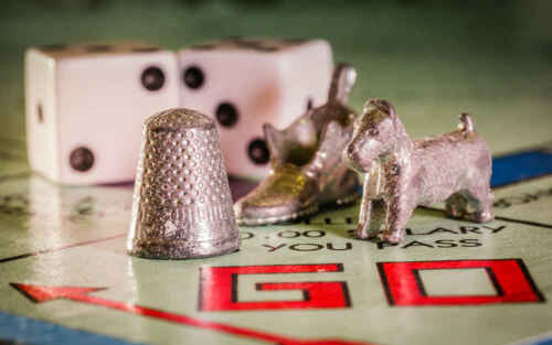 Monopoly Spare Replacement Parts//Pieces Houses//Tokens Choose from List
