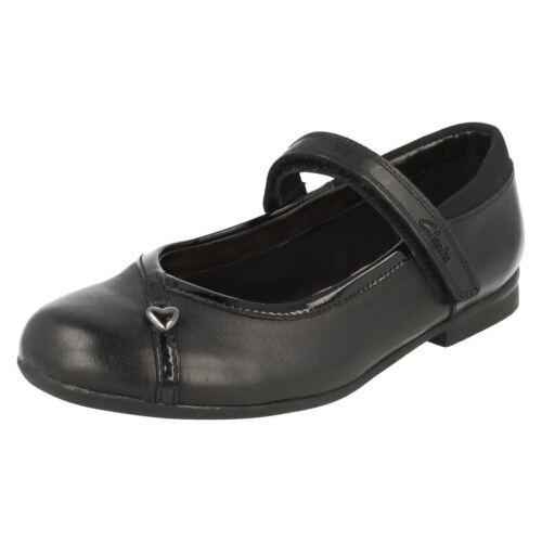 Dolly Noire Junior Filles G Cuir Chérie Clarks Compatibilité Chaussures S5nUIgqU