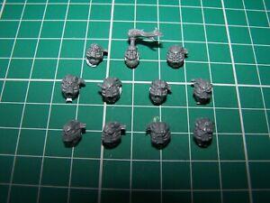 11-Chaos-Space-Marine-Havoc-Heads-bits