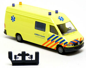 Busch-47820-MB-Mercedes-Sprinter-RTW-ktw-Ambulance-Paises-Bajos-Ambu-Team-1-87-h0