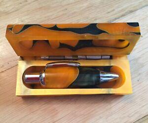 Etui-Mit-Kugelschreiber