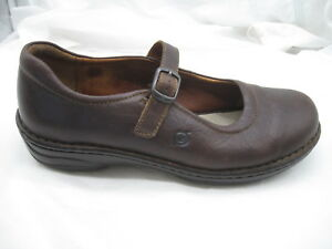 Born-size-9-5M-41-dark-brown-Mary-Janes-womens-ladies-flats-loafers-W9178