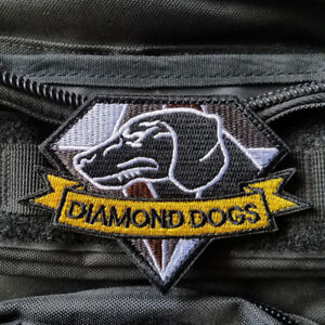1 Pc Mgs Metal Gear Solid Snake Badges To Let The World Be Morale Tactics 3d Pvc Badge Home & Garden