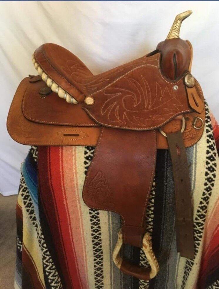 Good condition 15  k&b saddlery western saddle