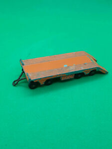 vintage-lesney-No16-super-atlantic-trailer-in-orange-in-original-condition
