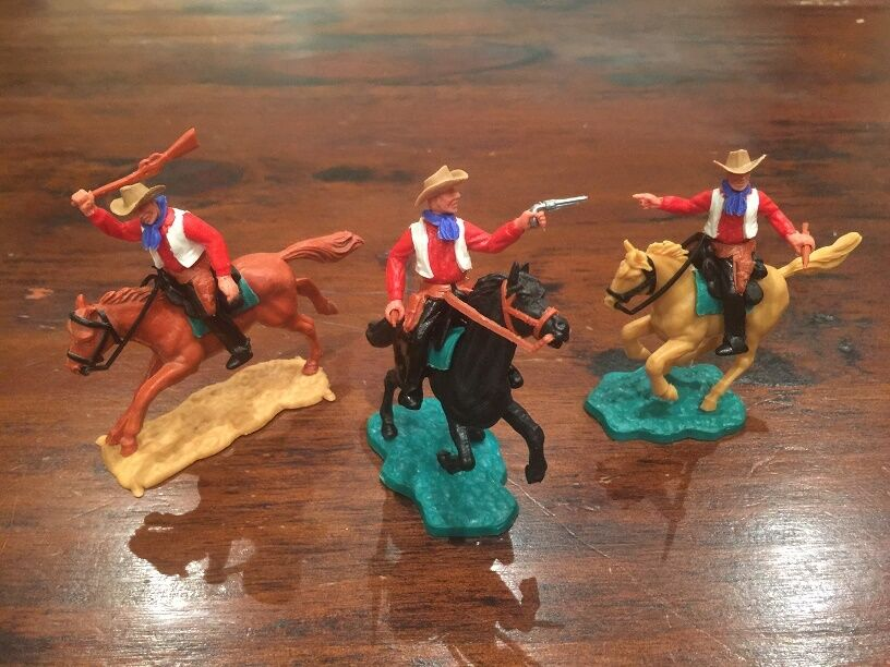 Timpo 2nd Series Mounted Cowboys x 3 -  Red Shirts  White Waistcoats -1960's