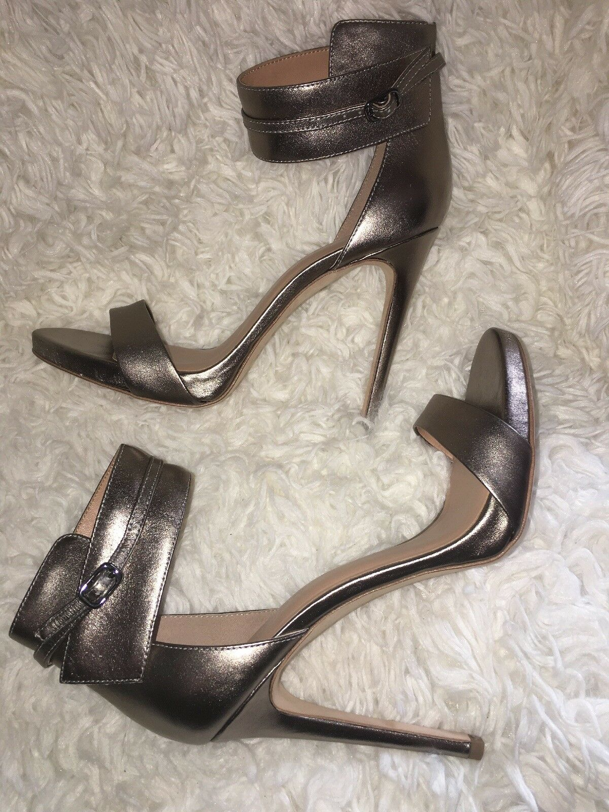 HALSTON HERITAGE Ellen Platform Stiletto Sandals Metallic Leather Size 9
