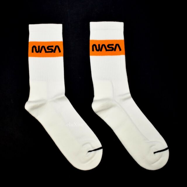 """White Men/'s Beer Can Sock Pair Collectible HUF x Budweiser /""""Bow/"""" Crew Socks"""