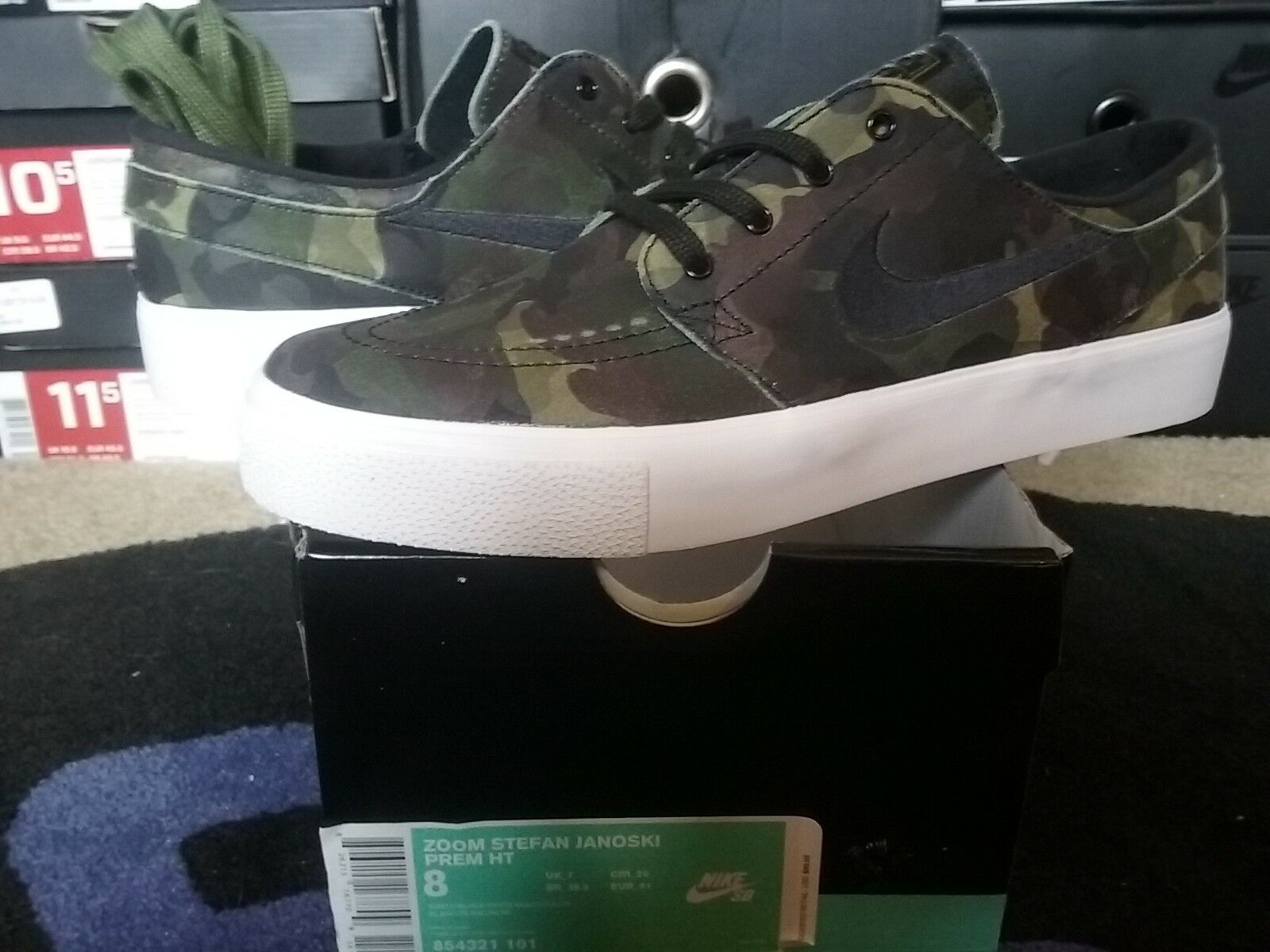 The most popular shoes for men and women Nike Air Zoom Stefan Janoski SB PRM HT Premium Camo White Black Green 854321 101