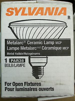 *NEW* SYLVANIA 70W 70 WATT METALARC CERAMIC SPOT LAMP MCP70PAR38//U//830//SP