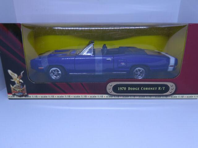 Road Signature 1970 Dodge Coronet R/T Convertible, Purple - 92548 1/18 Scale Die