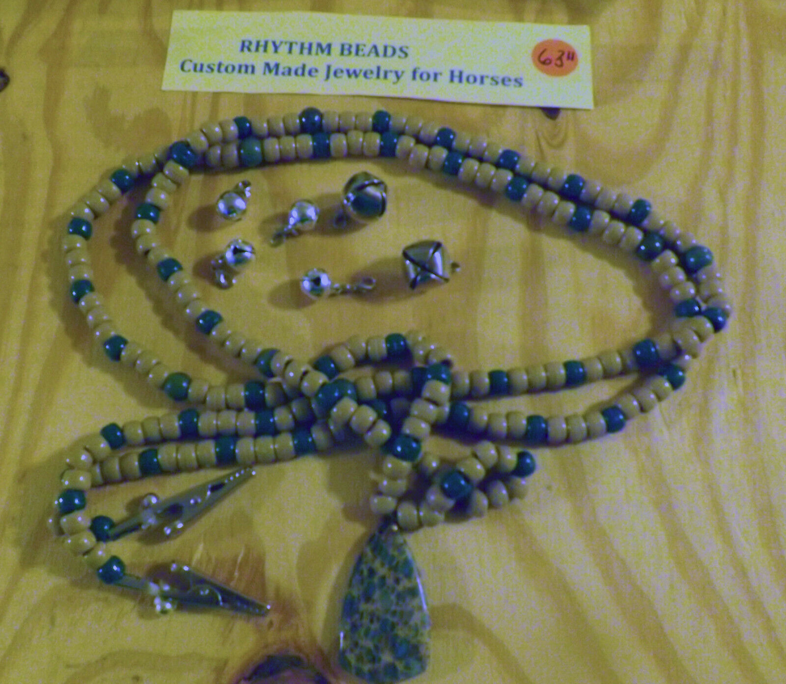 Rhythm Beads For Steeds Jewelry for Horses W Agate  Pendant & Detachable Bells  free delivery and returns