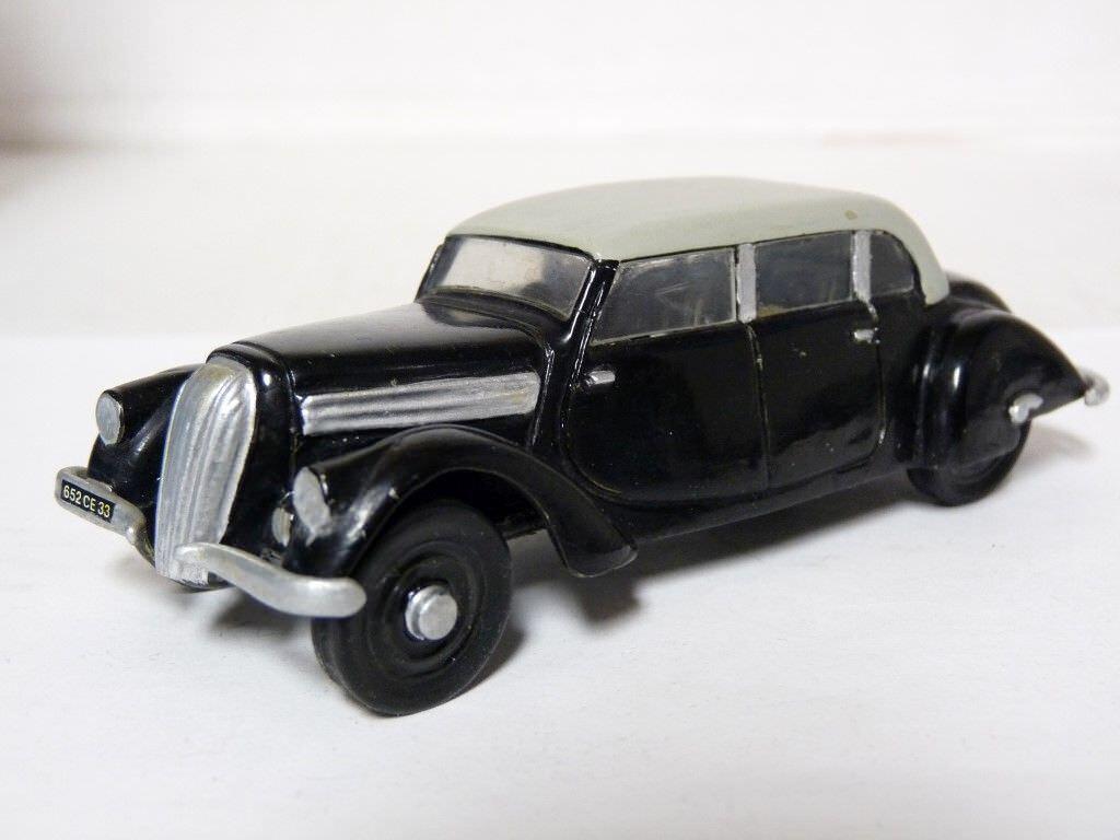 Bohemia 1 43 1939 Praga golden Limousine Vintage Handmade Resin Resin Resin Model Car 74bb48