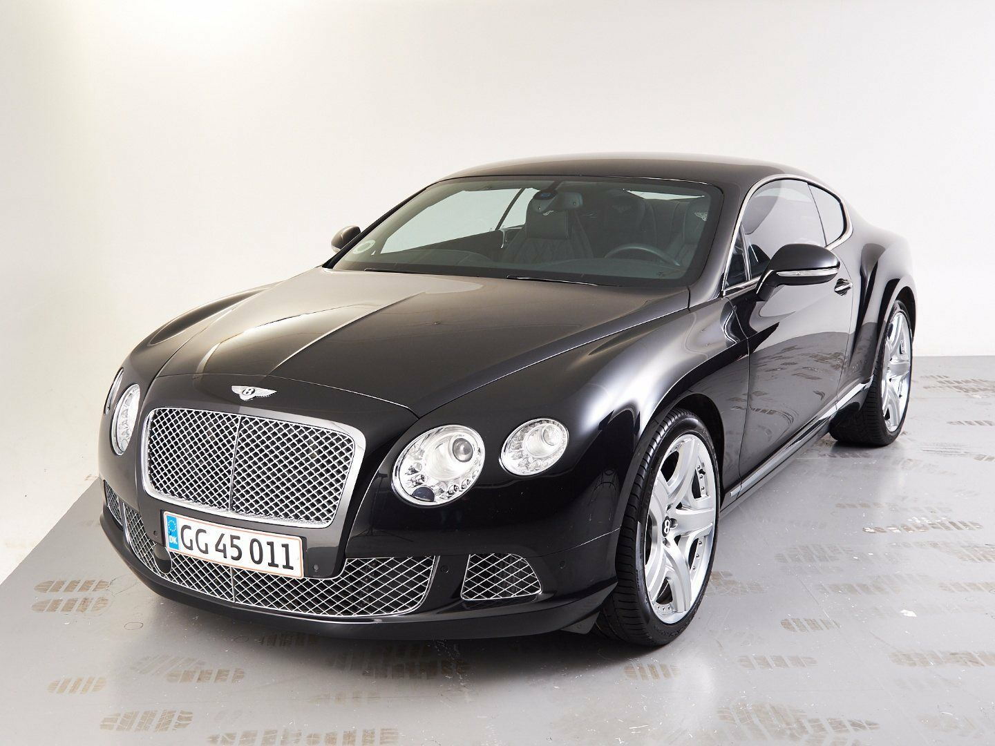 Bentley Continental GT 6,0 W12 aut. 2d - 1.750.000 kr.