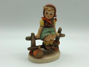 Hummel-Figurine-112-3-0-Mother-Dearest-4-1-8in-1-Choice-Pot-Condition