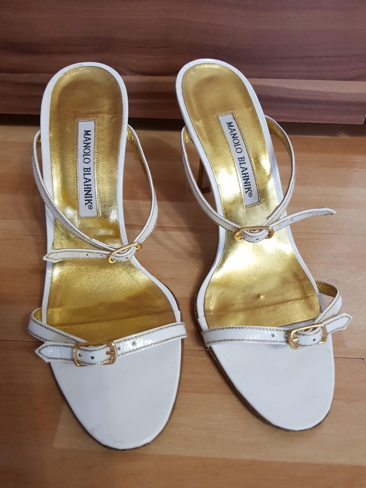 Manolo Blahnik Gr. 38, weiß Gold, Riemchen Sandaletten, Pumps Schnalle