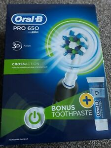 Details about ORAL B ELECTRIC TOOTHBRUSH PRO 650 3D CROSS ACTION