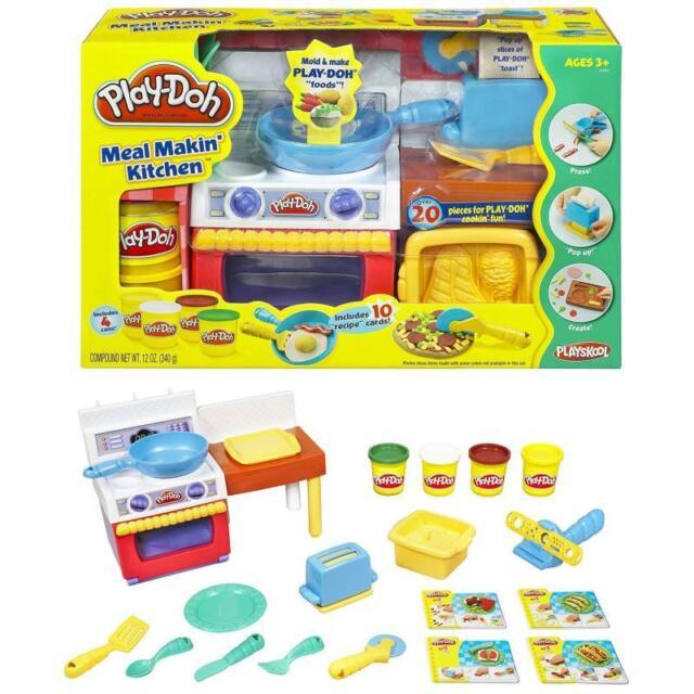 Hasbro 22465 Play-Doh Kinder Knet Küche mit 4x Knete und Zubehör Spielknete Set