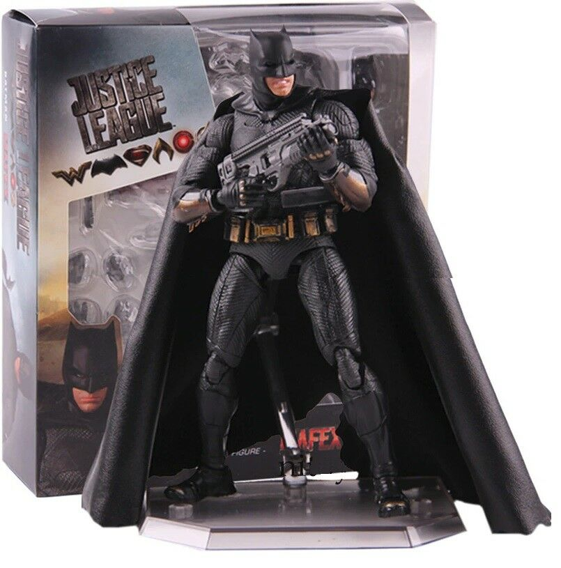 JUSTICE LEAGUE - Batman action figure 16 cm MAFEX 056 + Stand NEW in box