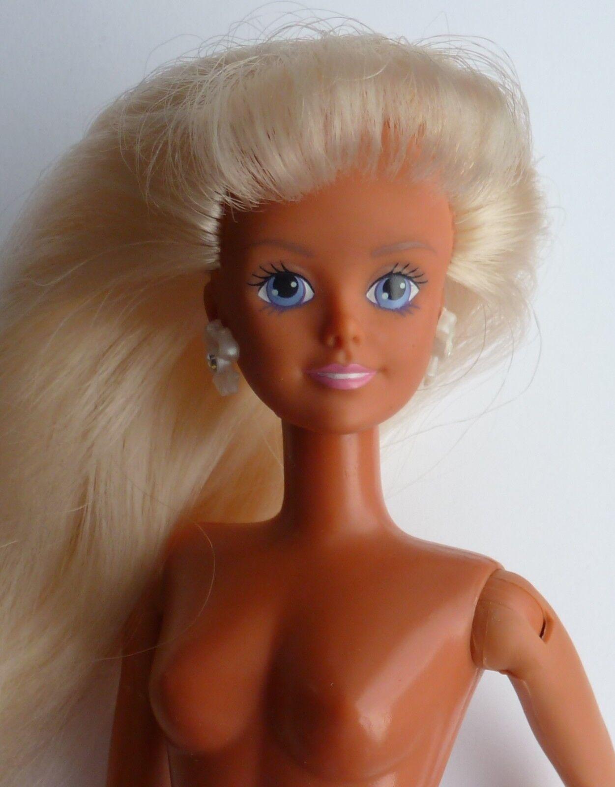 Molto RARO VINTAGE 1990 HASBRO Periodo edoardiano Sindy doll.