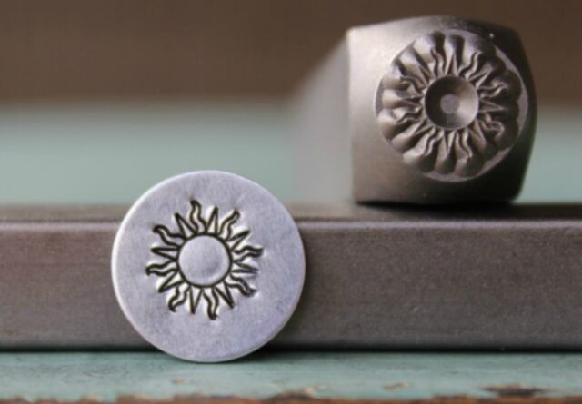 SUPPLY GUY 6mm Moon and Star Metal Punch Design Stamp SGCH-90