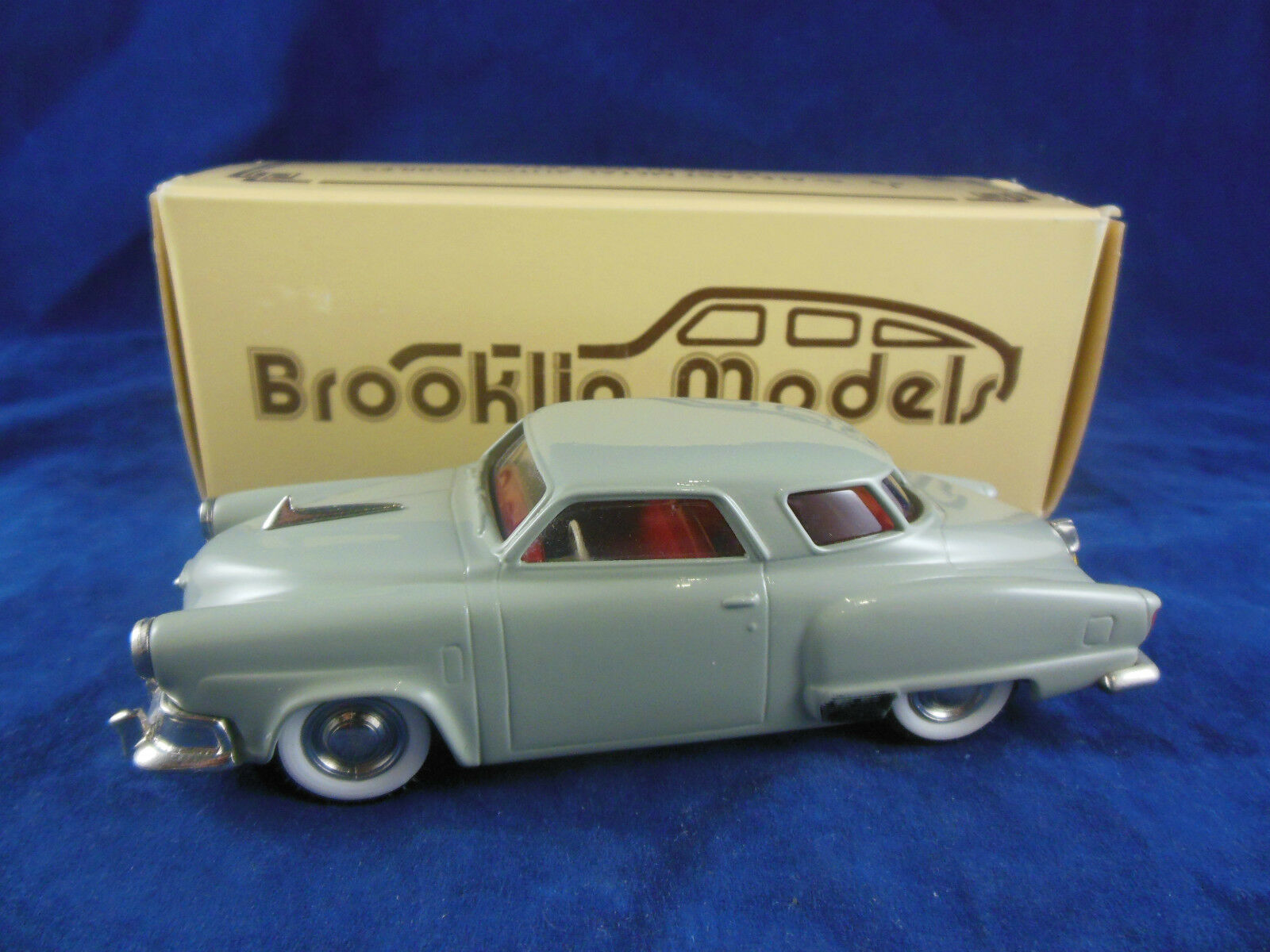 BROOKLIN models BRK17 1952 Studebaker Champion STARLIGHT COUPE IN gris