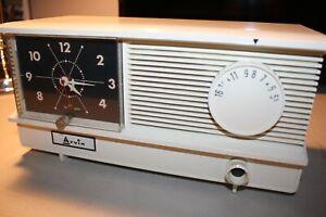 ARVIN-AM-Clock-Tube-Radio-51R17-1960-NIce-parts-repair