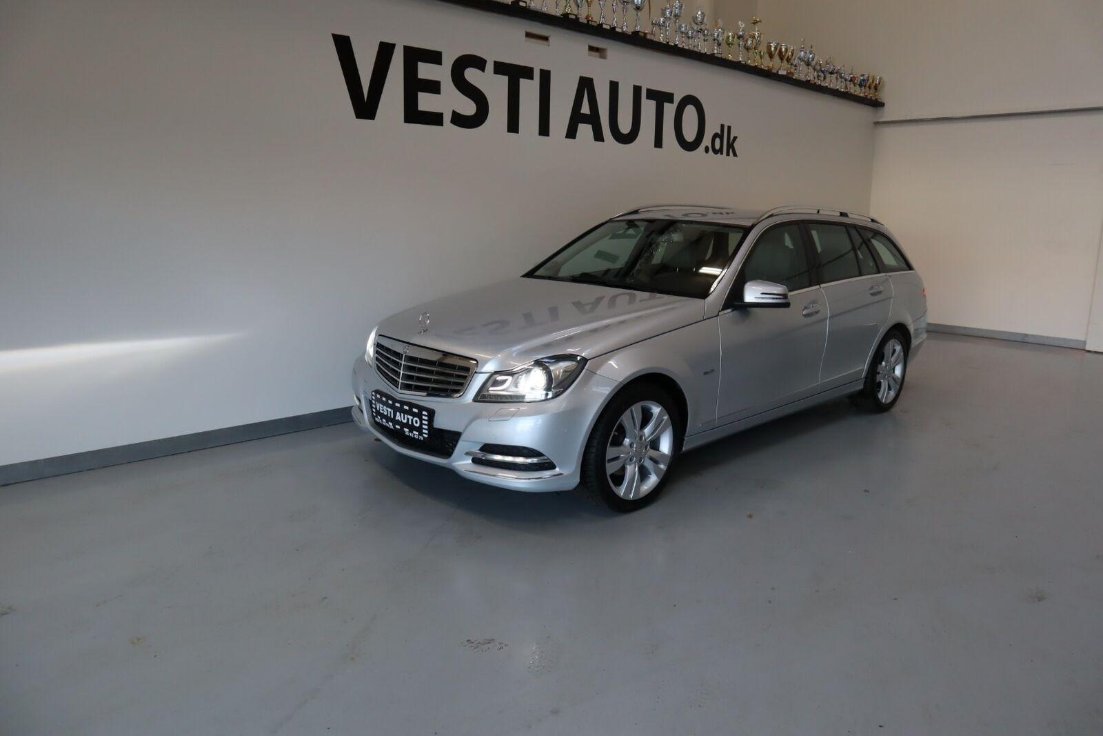 Mercedes C200 2,2 CDi Elegance stc. BE 5d