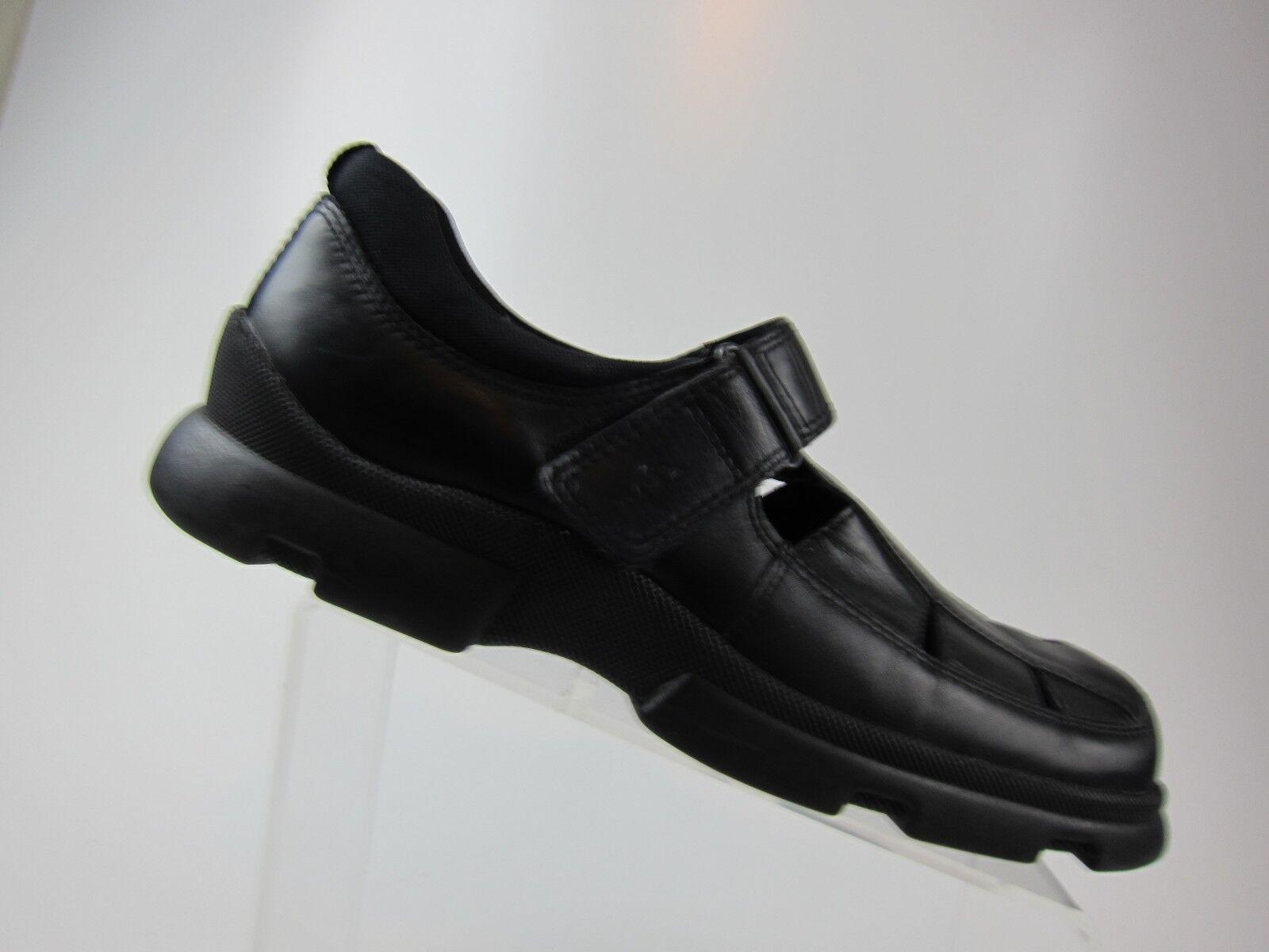 ECCO Men's Black Leather Dress   Casual Fisherman Sandals  US 12.5