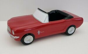Ford-Mustang-Replica-Teleflora-Gifts-Convertible-Red