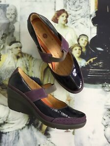 Clarks-structured-purple-wedge-shoes-size-5D