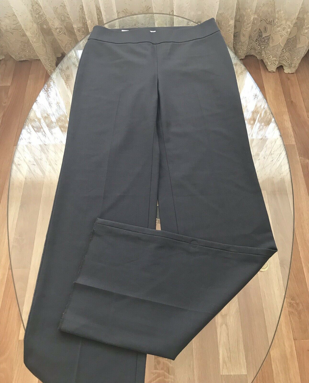 Armani pantalones damas de lana talla 46 L  nuevo  100% autentico