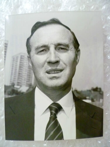 Press Photo JIMMY BLOOMFIELD Manager of Orient Football Club Org, Exc