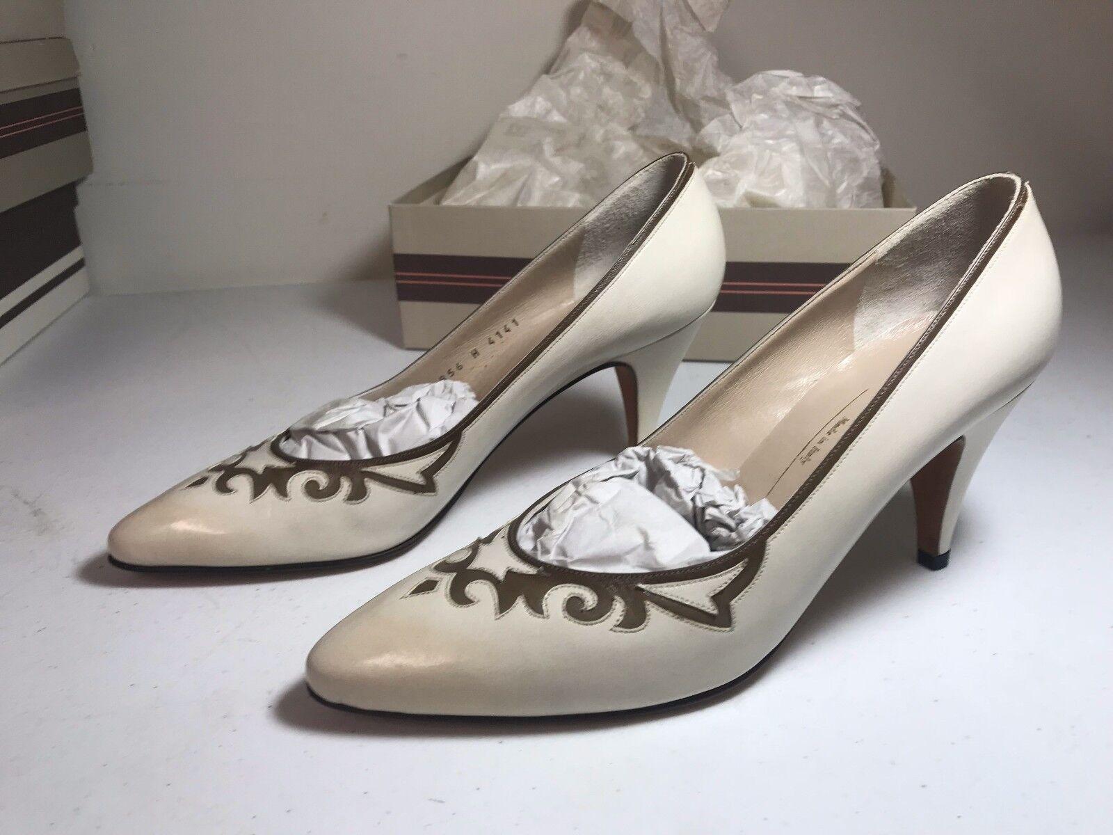 ordina adesso Italian Bruno Magli donna Pumps scarpe Winter bianca bianca bianca Leather 8.5 AAAA  Senza tasse