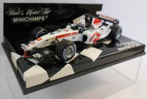 Minichamps-Escala-F1-1-43-400-050104-Bar-Honda-A-Davidson-05-039