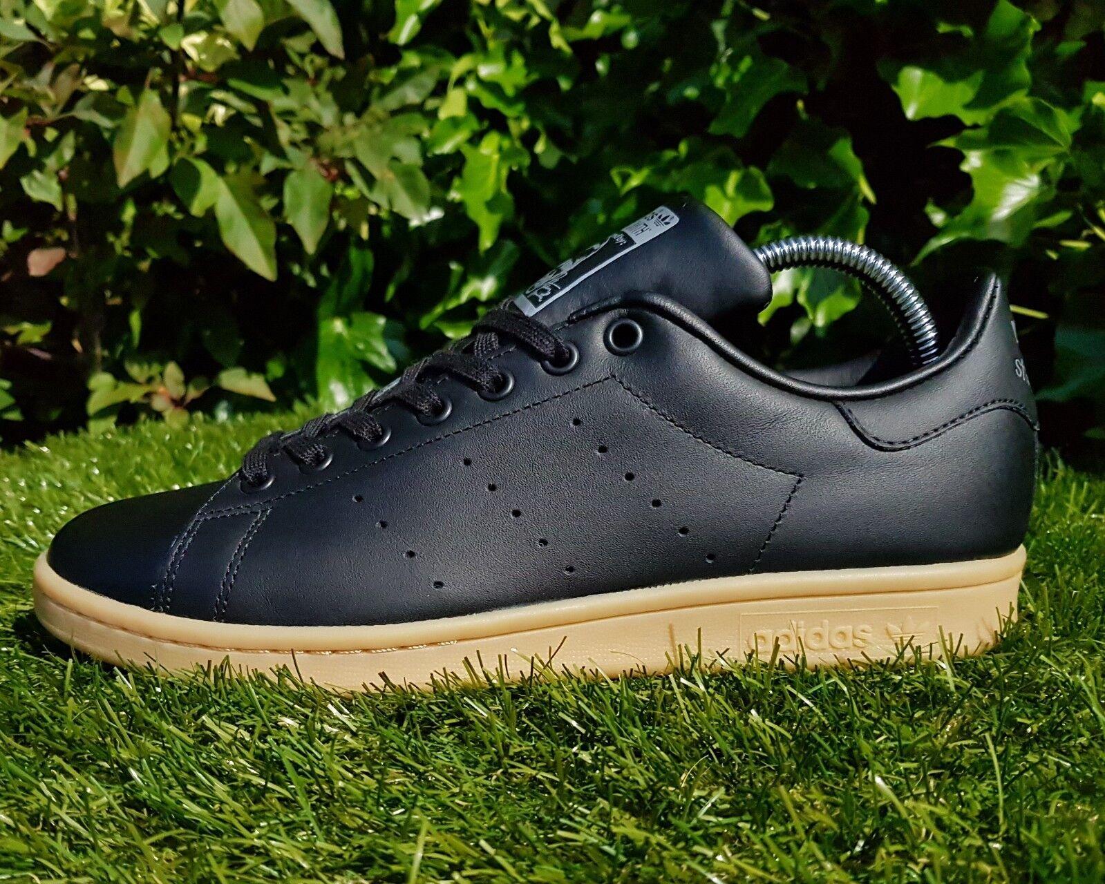 BNWB & Genuine adidas originals Stan Smith ® Black Leather Trainers UK Size 6