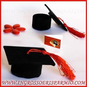 Caricamento dell immagine in corso Bomboniere-confettate-laurea-cappello- tocco-nero-porta-confetti- e88c7d16974d
