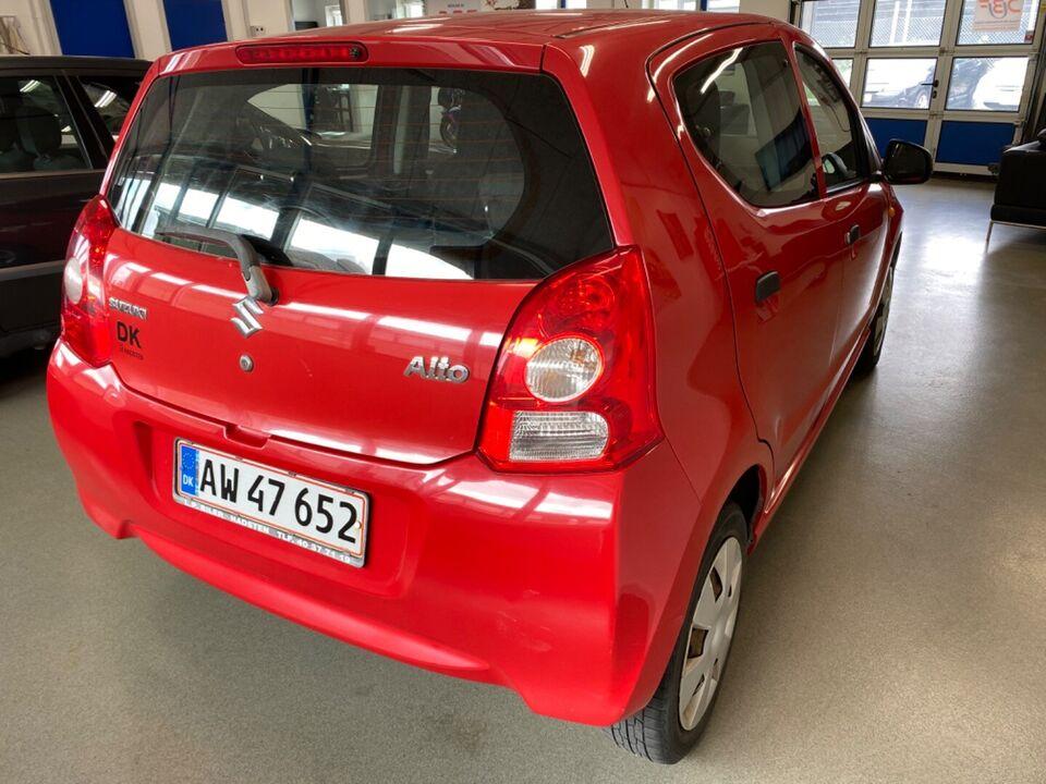 Suzuki Alto 1,0 Benzin modelår 2010 km 141000 Rød nysynet