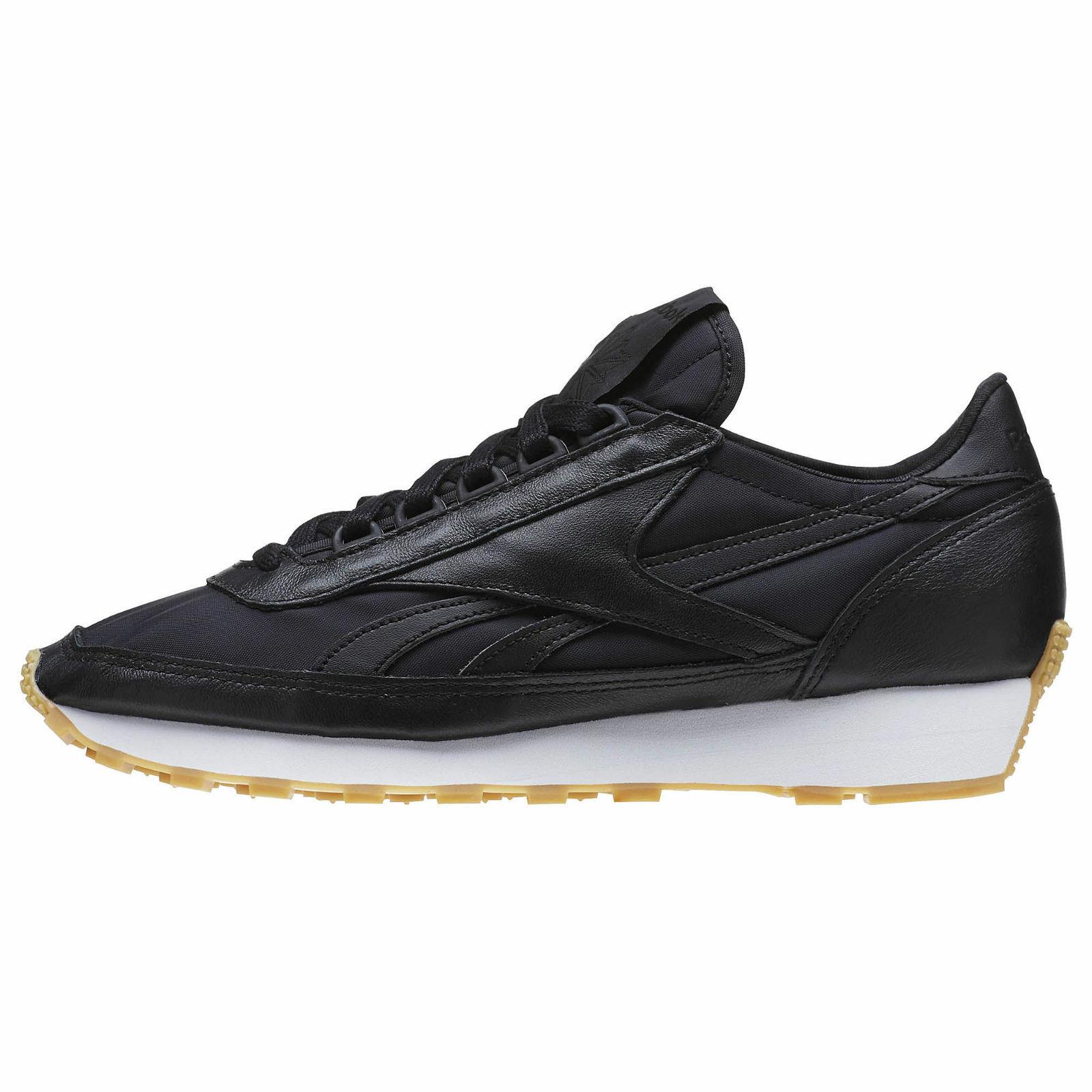 Reebok Aztec Garment And Gum  Women Casual shoes Black White-Gum sz 9