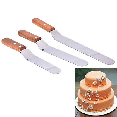 Home Cake Icing Spatula Angled With Wooden Spreader