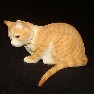Country Artists Cat Figurine #01631 Ginger Tabby Curious