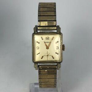 Vintage Benrus Mens 435271 Gold Tone Wind Up Runs Great Wristwatch