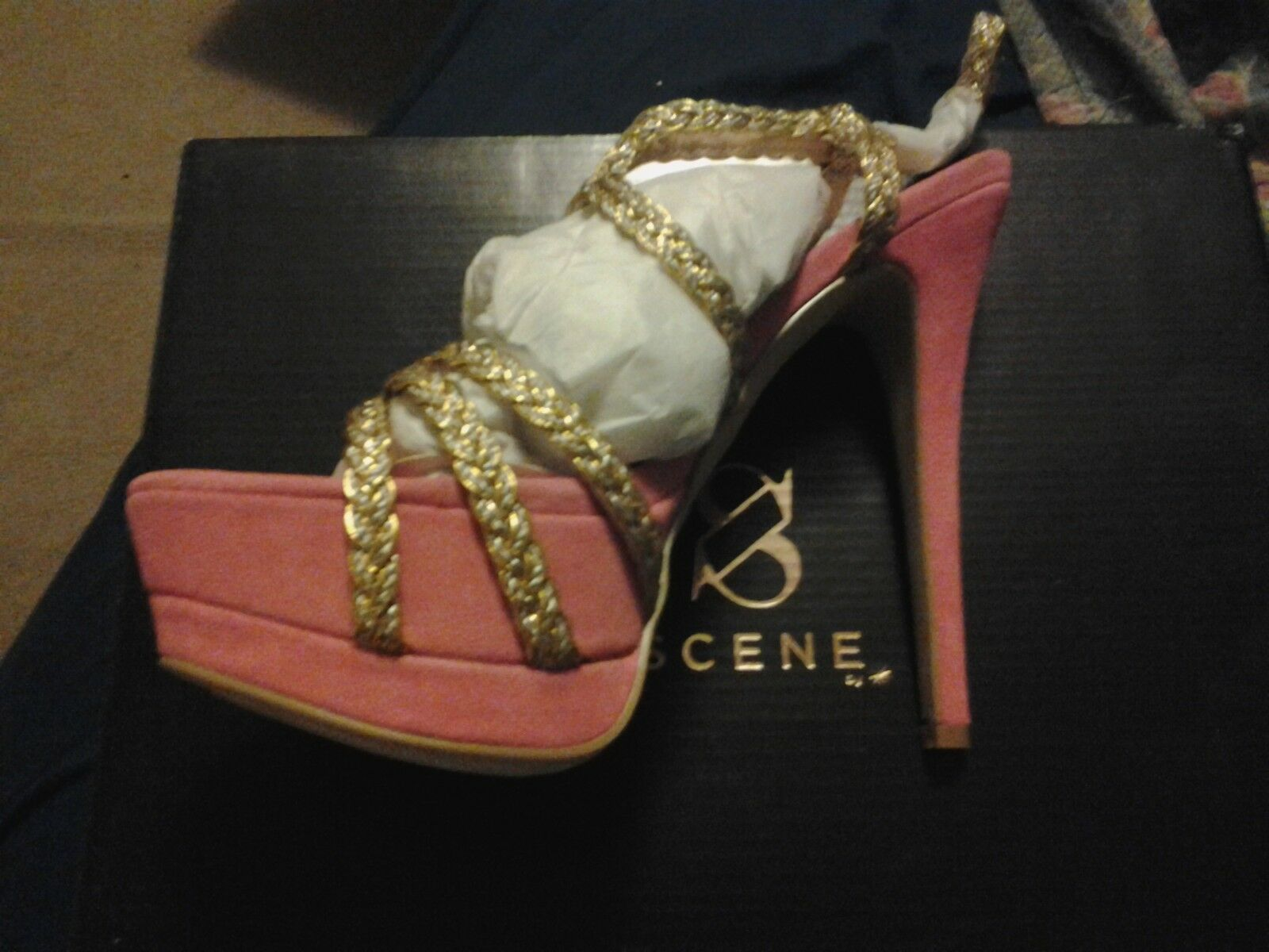 Scene Julliana Style, size 6.5.   Pink/Gold.   New in box 36424c