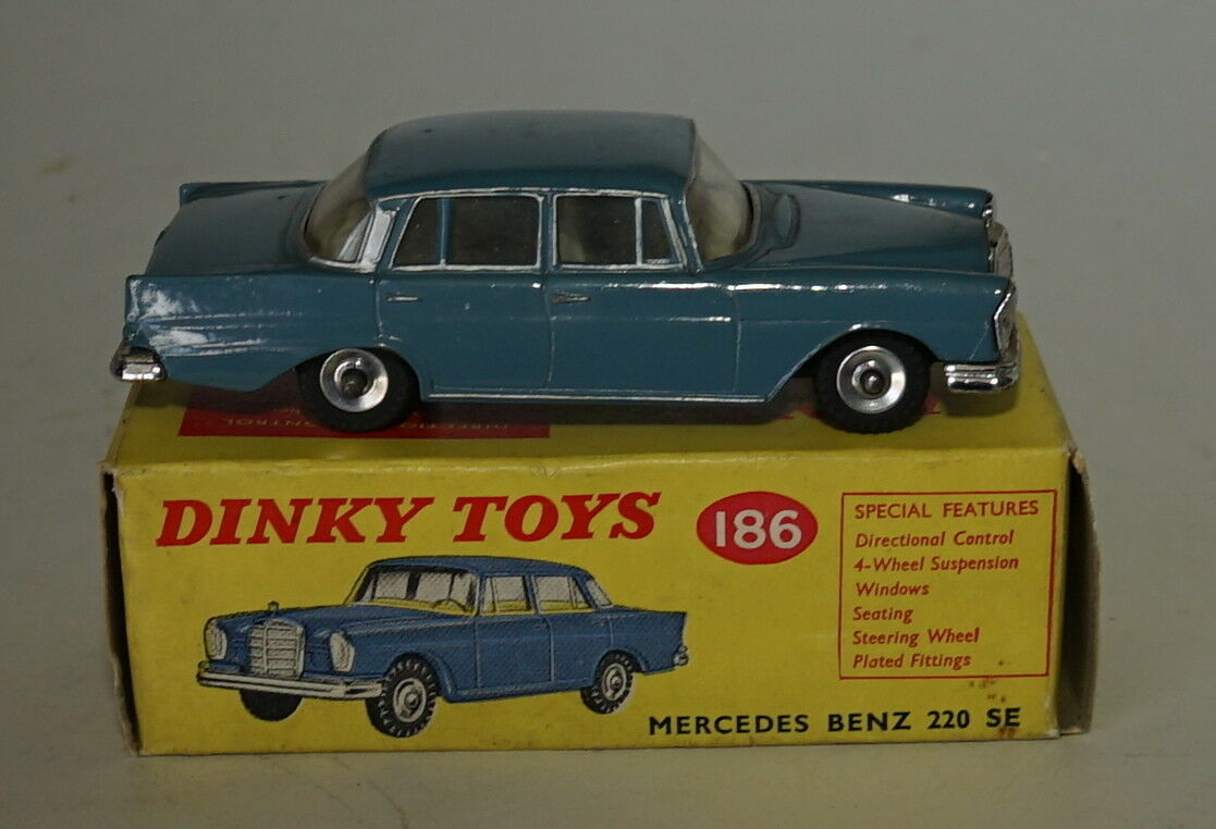 Dinky 186 Mercedes Benz 220 Se. Raf Blau. Sehr NM & Boxed.1960's