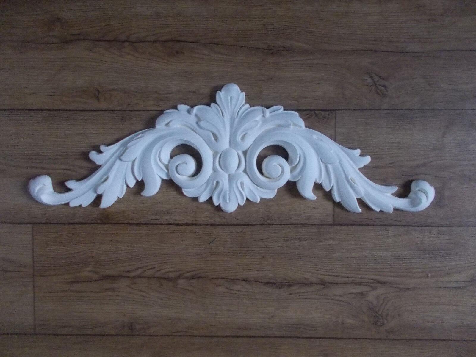 Ornate Weiß pediment    Decorative molding furniture Cupboards Fire place d8fff8