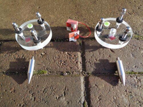 5 redsretros magnétique cibles et 2 trépied stands et Leica compatible PINS